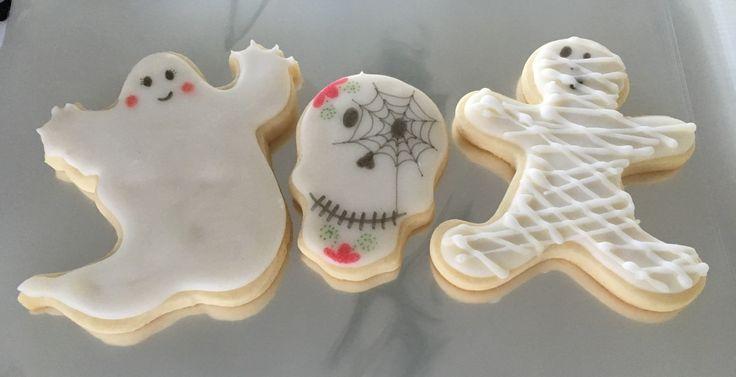 Ayer entregamos estas terroríficas galletas y hoy seguiremos #cookies#lactosefree #halloween #party