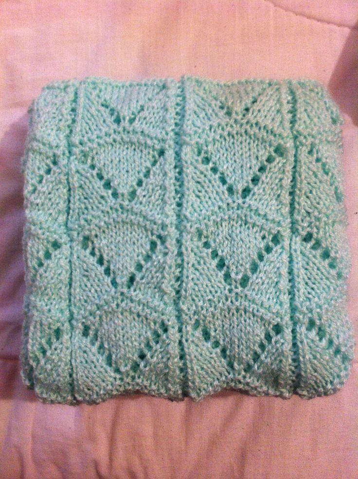 Palillos: Chal de bebé en color verde agua / Knitting: Aqua green blanket for baby