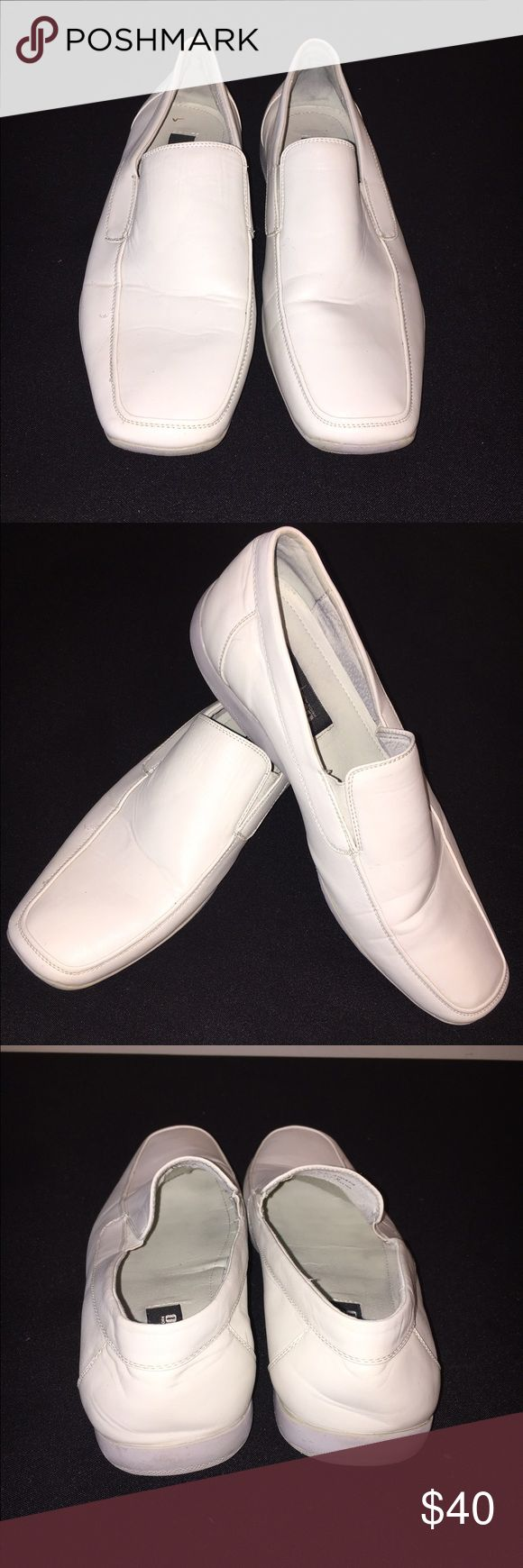 ✨ Men's White Loafers✨ Great for dressing up or down! Gently worn. Shoes Loafers & Slip-Ons