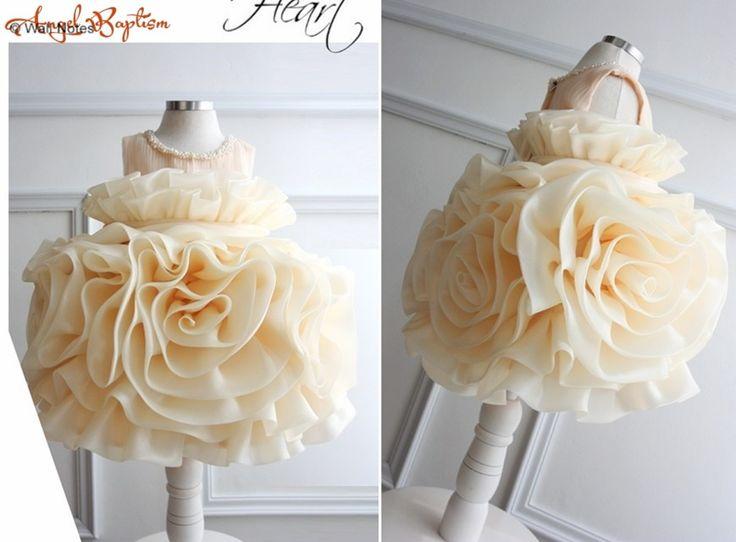 65.00$  Buy now - http://alignj.worldwells.pw/go.php?t=32693492067 - Creamy Cake ruffled Flower Girl Dress Baby Girl christening gown baptism Dress newborn 1 year birthday dress princess for party
