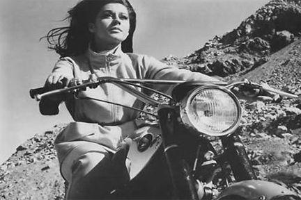 #9-PC0012 60's vixen Sherry Jackson in the Mini Skirt Mob 1968.
