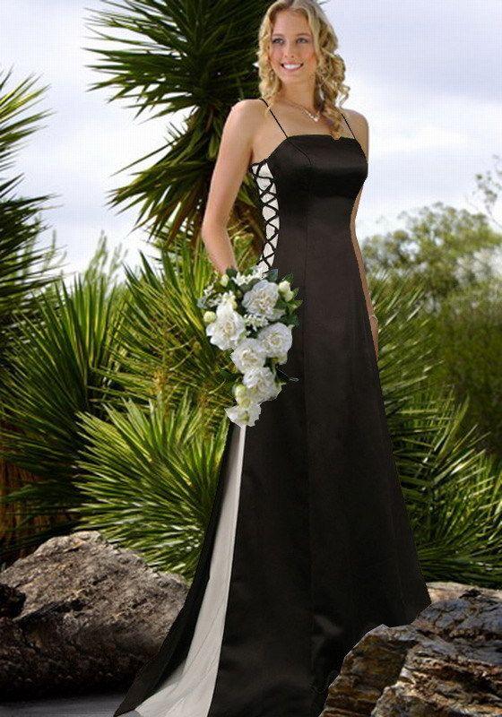 Black Gothic Wedding Dress With White Details (Source: gothicweddingdresses.webs.com)