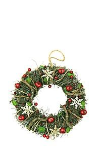 WICKER AND BERRY WREATH