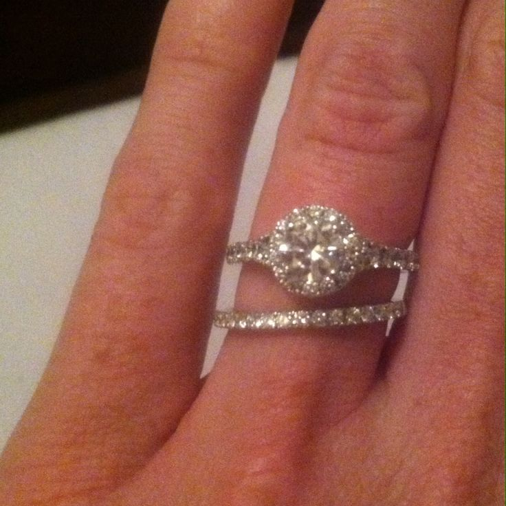 Scott Kay Blissful Halo Engagement Ring And Band