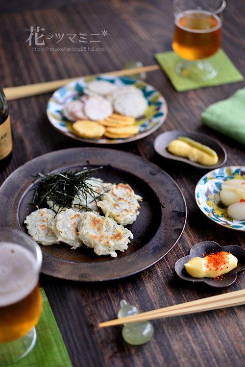 シラス焼き - young sardines pancakes.