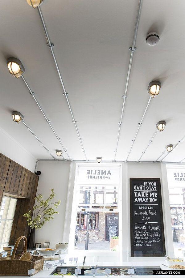 Amelie and Friends Restaurant // 44th Hill | Afflante.com