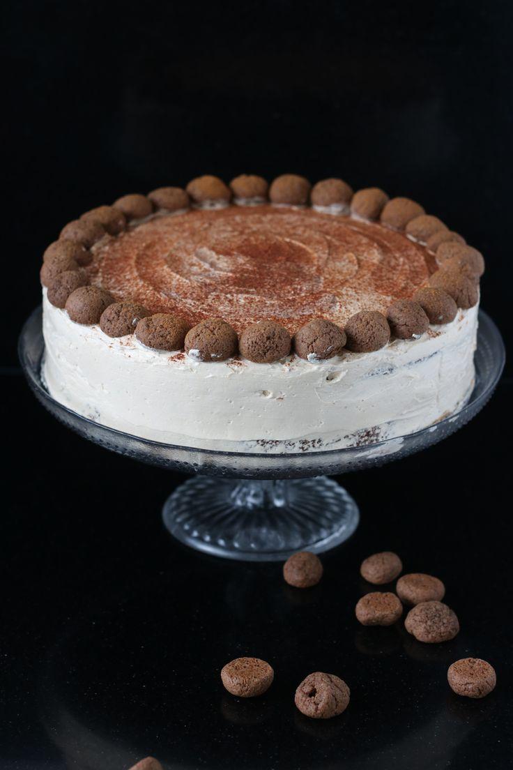 Appel speculaascake met maple frosting #sinterklaas #speculaas #taart #gebak #sinterklaastaart #debsbakery #recept