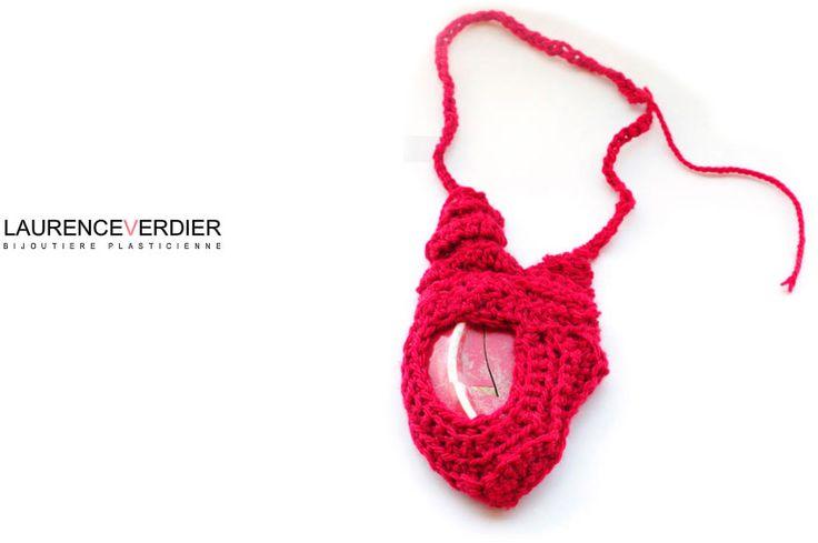 Laurence Verdier -: Sito Laurence Verdier, Sito Laur Verdier, Contemporary Jewelry, Accesorios Textiles, Fabrics Jewelry, Fiber Jewelry, Accessory Textiles, Contemporary Handmade, Handmade Jewelry