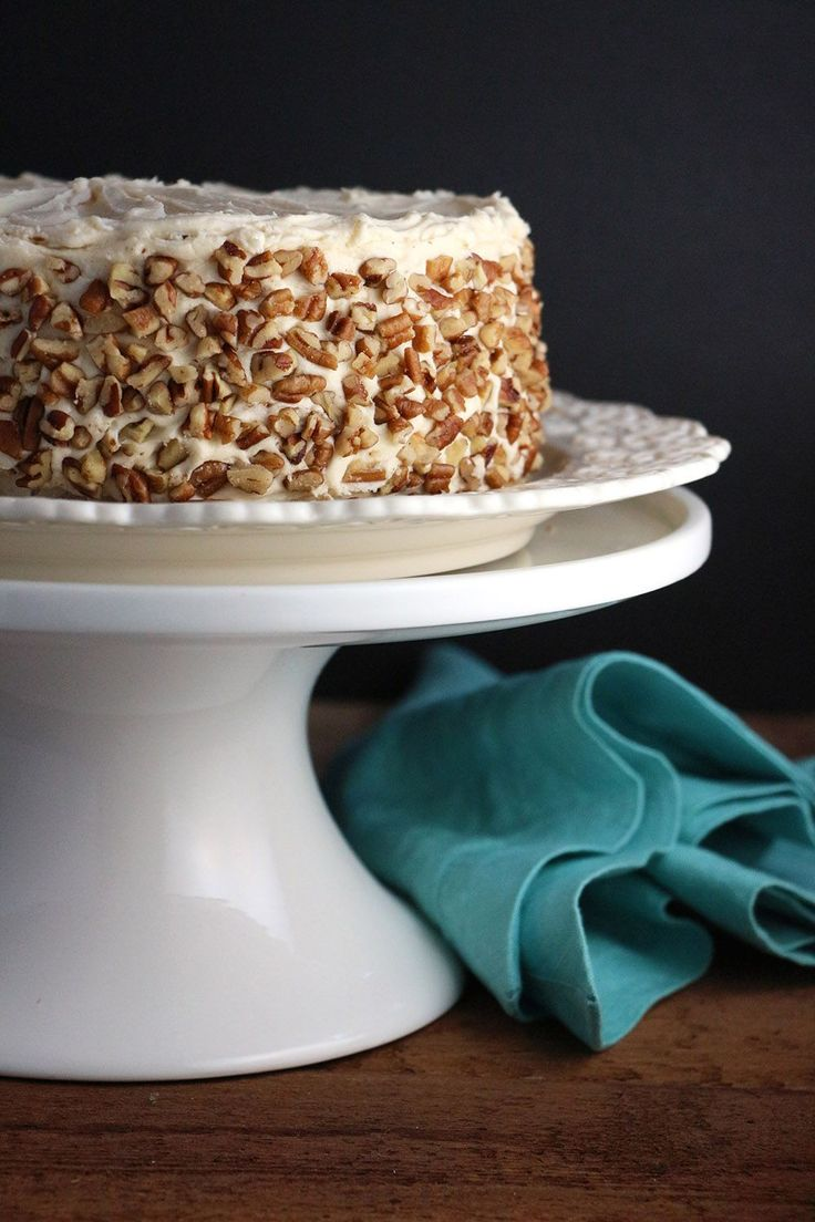 Apple Cake with Maple Buttercream and Pecan Trim_3