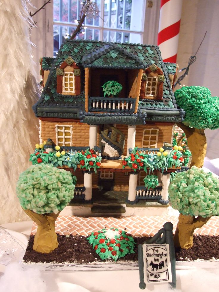 A gingerbread rendition of the worthington inn