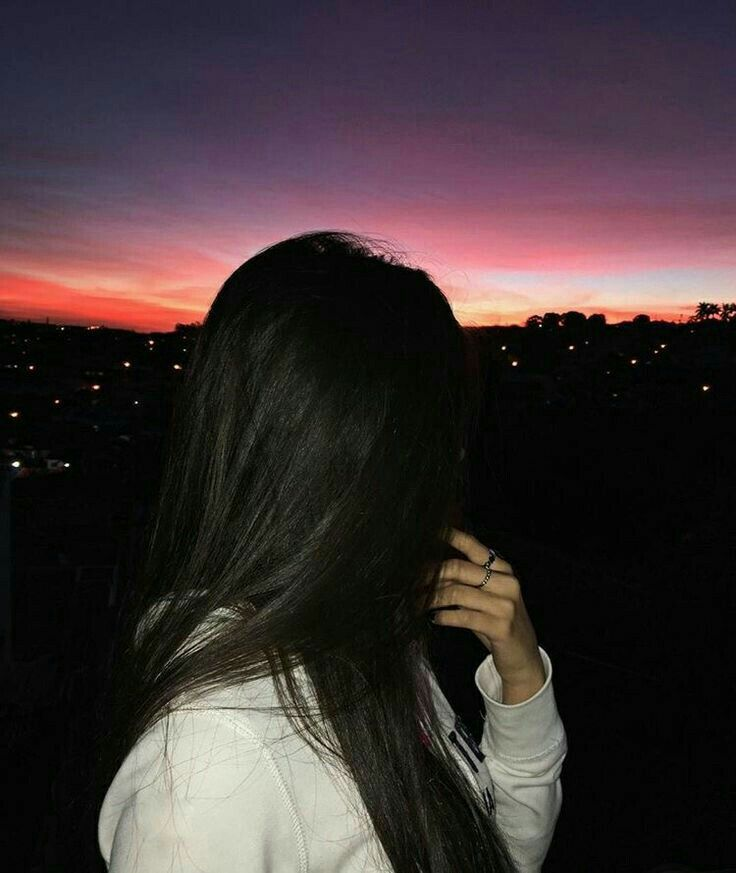 Картинки на аву девушки с темными волосами без лица