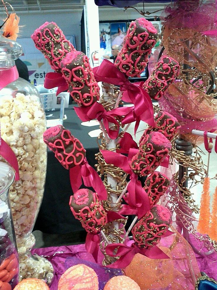 Bonbones decorados con cubierta de chocolate