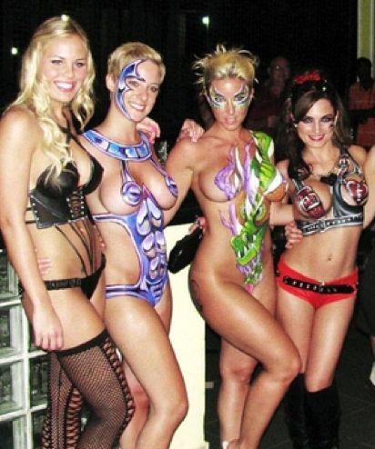 nudist hotel tyskland mansion girls