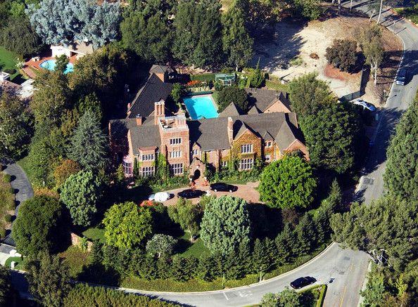 Bel-Air neighbors sue celebrity developer Mohamed Hadid ...