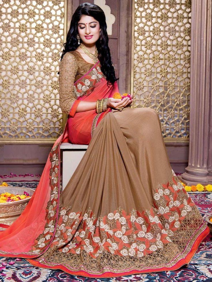 Красивое индийское сари, украшенное вышивкой скрученной шёлковой нитью с люрексом и стразами