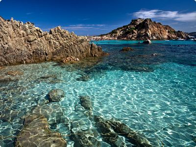 Bareboat Cannigione - Sardinia, Italy - I want to go swimming!