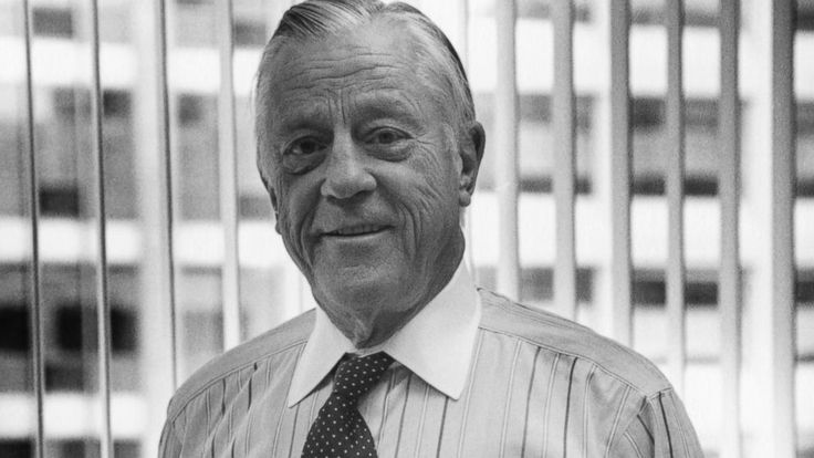 Ben Bradlee, the legendary executive editor of the Washington Post during the Watergate era, has died at the age of 93.