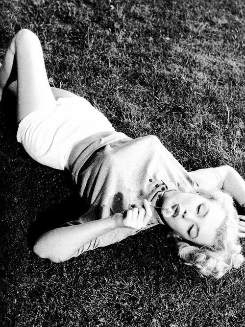 : Maralyn Monroe, Marilyn Monroe, Hourglass Figures, Norma Jeans, Monroe Photo, Magnificent Marilyn, Jeans Aka, Beauty Marilyn, Aka Maralyn