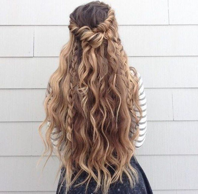 42 best locken frisuren f r lockiges haar images on pinterest curl hair styles hair cut. Black Bedroom Furniture Sets. Home Design Ideas