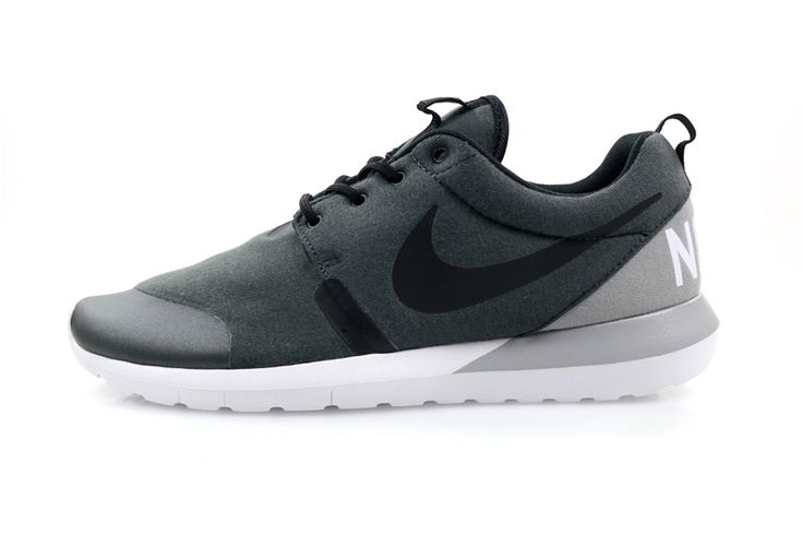 nike roshe run nm fleece pack for sale