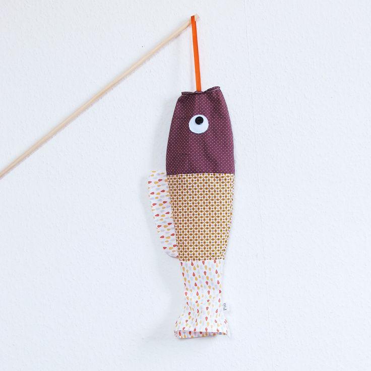 Image of Koinobori mobile poisson tissu moutarde