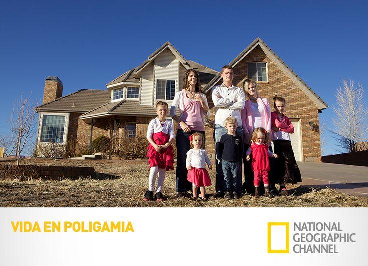 Conoce a una comunidad que lleva un estilo de vida decretado hace casi 200 años. Vida en Poligamia. Martes, 11PM AR-CH / 9PM MX-CO-PE. www.natgeo.tv #LoViEnNatGeo