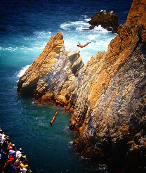 Clavadistas. Acapulco, Mexico