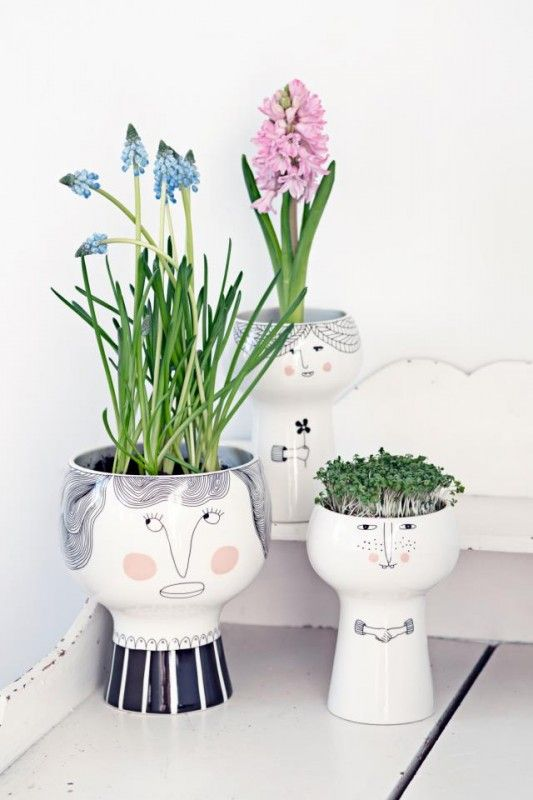 "Meyer-Lavigne ""Flower me Happy Pot"""