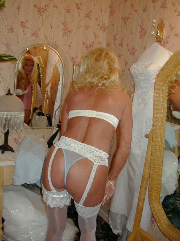 amateur wife fucking lingerie