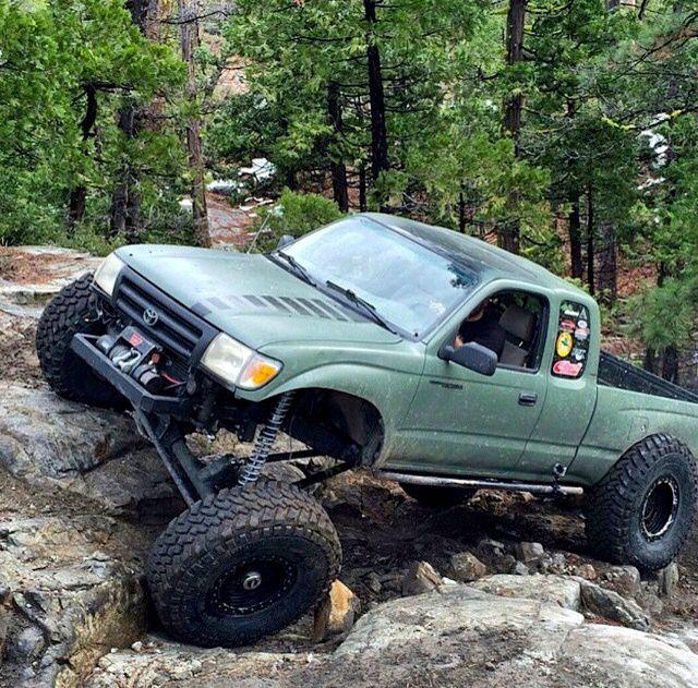 Toyota Tacoma Crawler