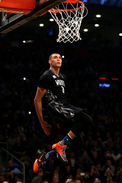 zach lavine 2015 dunk contest | Zach LaVine Pictures - Verizon Slam Dunk Contest 2016 - Zimbio