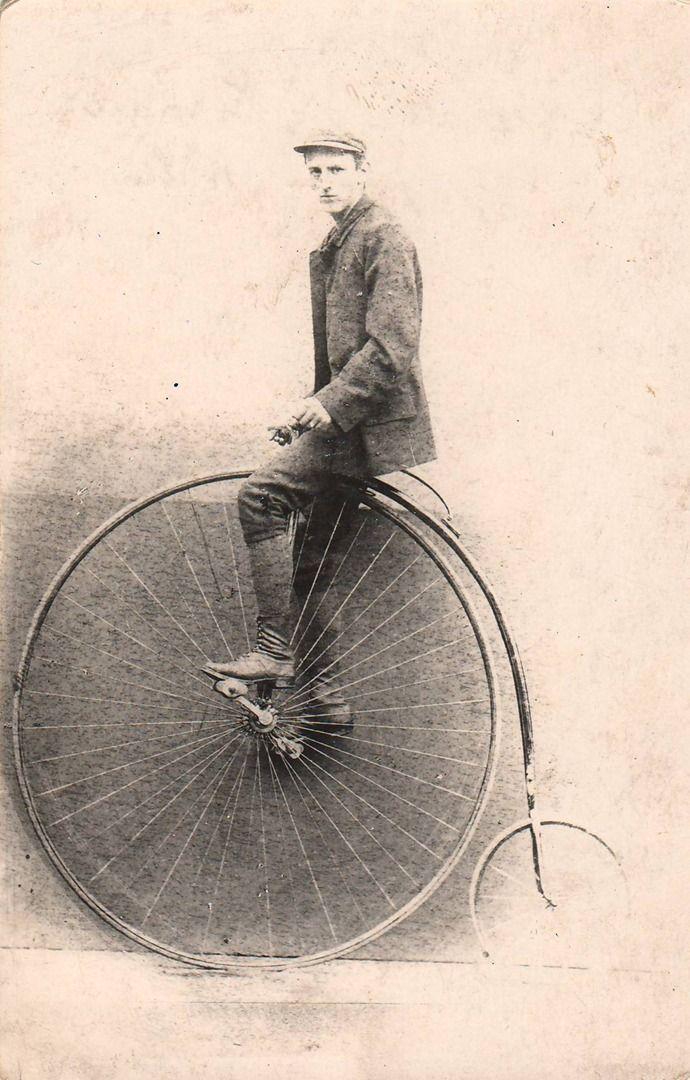 Reach, Zikmund - Cyklista Hausman na vysokém kole (The cyclist Hausman on a Pennyfarthing), gelatin silver print