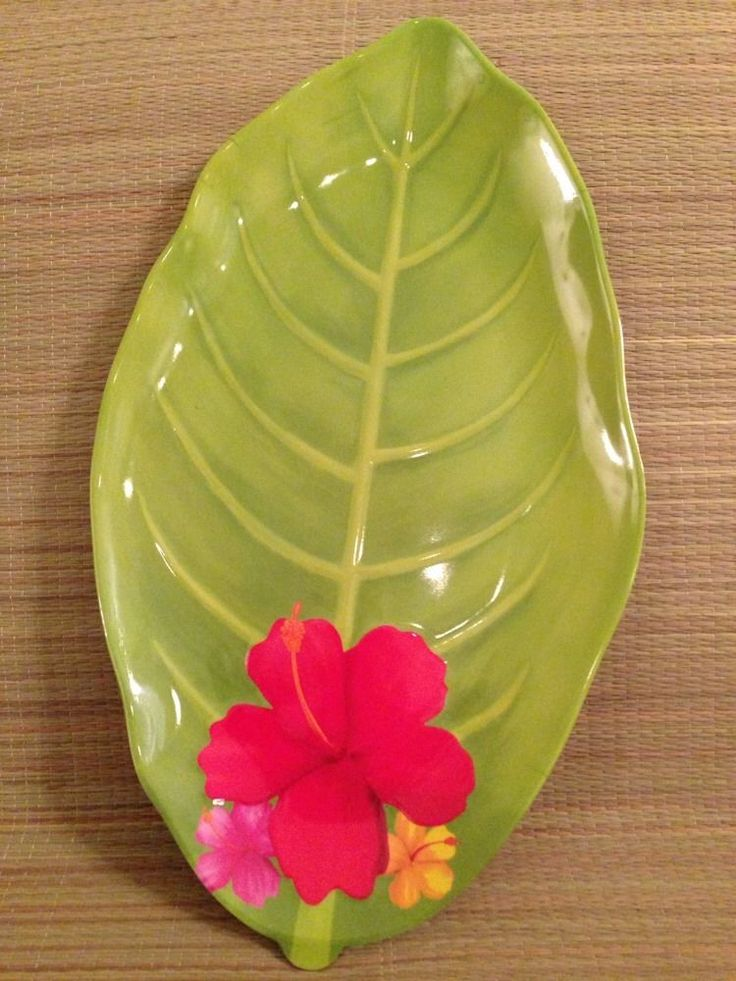 hibiscus tropical leaf plastic serving tray 16x9 hawaiian luau themed party