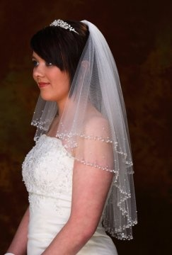 17 Best Images About Wedding Veils On Pinterest