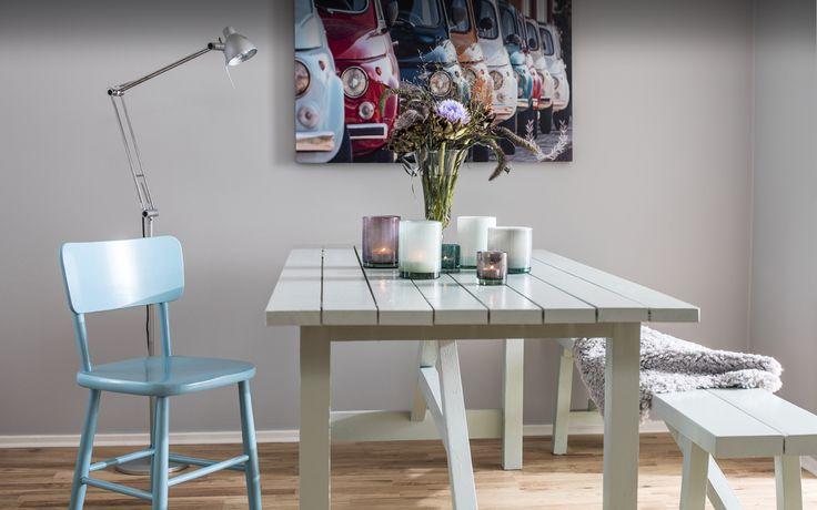 matrum, matsal, kök, harmoniks färgsättning, grå, grått, pastell, färgsättning, inredning, inspiration, måla, väggfärg, lackfärg, caparol