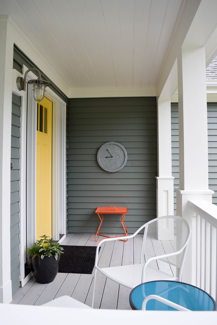 Say Hello To Yellow With This Bright Front Door
