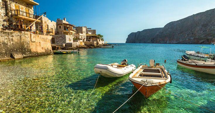 Γερολιμένας: Το πανέμορφο παραλιακό χωριό της Μάνης! - Τι λες τώρα;