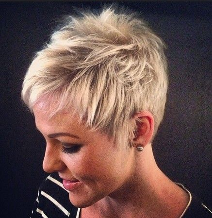 18 Short Hairstyles For Thick Hair Straight Hairstyles