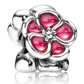 This Pandora poppy is stunning and makes a statement on a bracelet.  One is not enough :)