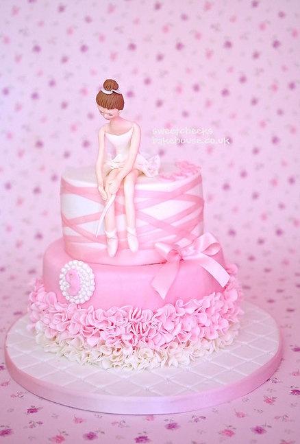 Beautiful cake - I like the ruffled tutu and the ribbon