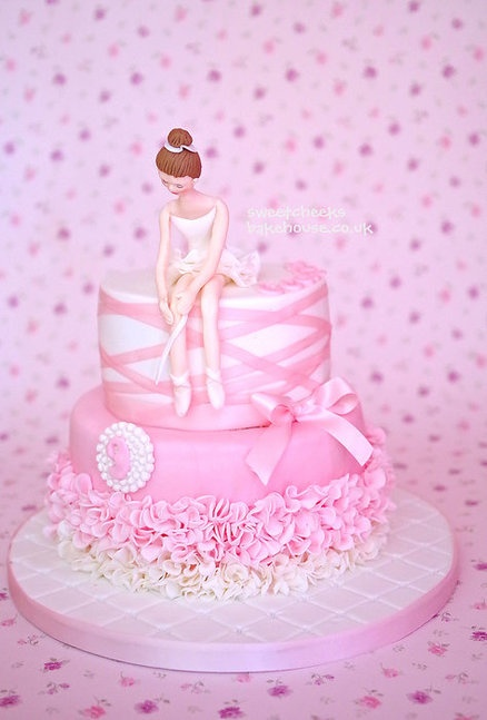 Beautiful cake - I like the ruffled tutu and the ribbon