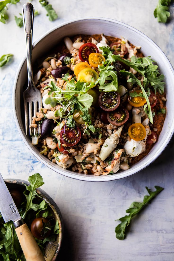 Mediterranean Chicken and Farro Salad - Classical flavors with a slight twist, from the farro and roasted red pepper sauce, so delish! @halfbakedharvest.com