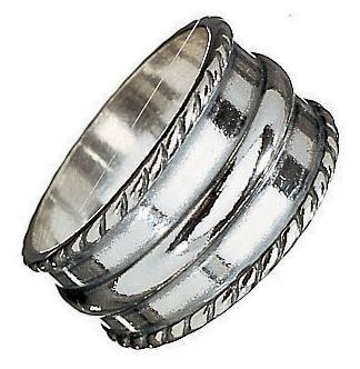 Kalevala Koru / Kalevala Jewelry / RING FROM KARJAA Material: bronze or silver
