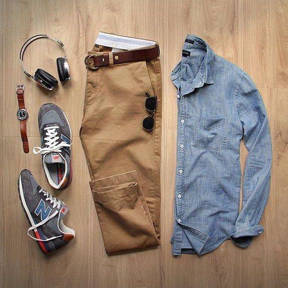 Jean color mostaza, Timberland y camisa celeste