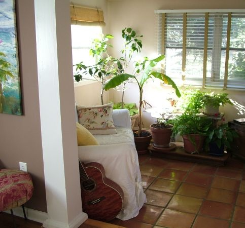 Best Love The Tile Here With Green Plants Light Plant 400 x 300