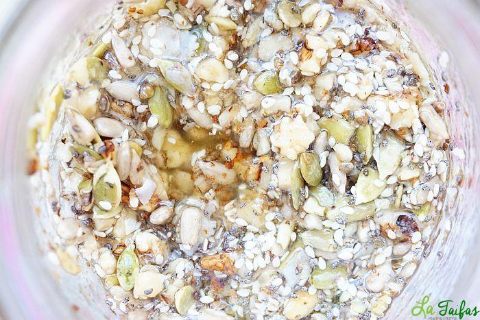 Miere cu Semințe la Borcan