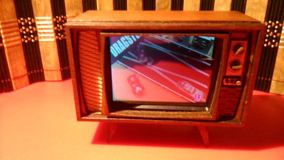 Dollhouse miniature working retro TV by Amatheria on Etsy