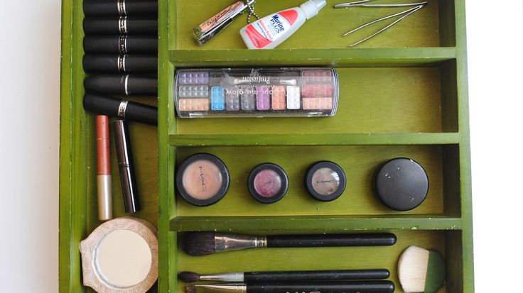 How to Use a Silverware Organizer for Makeup -- via wikiHow.com