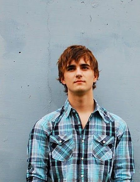 Harry is best portrayed by Landon Liboiron