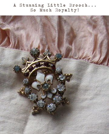 Love this brooch
